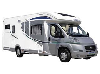 Le lumineux chausson sweet garage avec un am nagement tr s innovant louer un camping car avec - Camping car chausson sweet garage ...